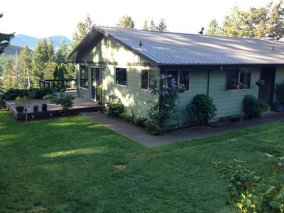 Photo for Rogue River Delight - 2 bd/2 ba River View Home
