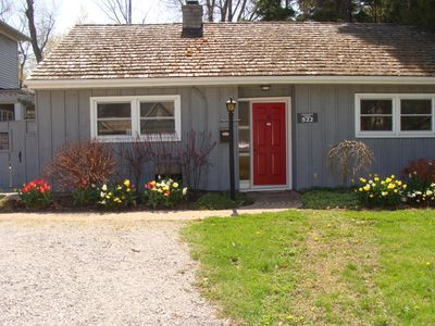 Photo for 2BR Cottage Vacation Rental in Niagara-on-the-Lake, ON