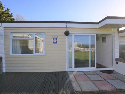 Photo for 107 Sandown Bay Holiday Centre