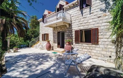 Photo for 6 bedroom accommodation in Cavtat