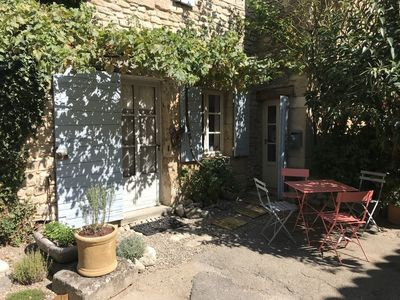 Entrance to Rose Cottage and outdoor seating