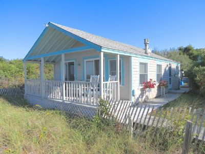 Photo for Charming Cottage on Pristine Bay Beach: 052-BD