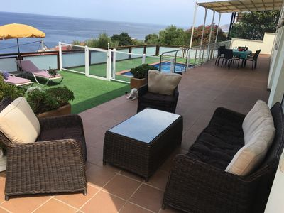 Photo for Beautiful seaside villa with heated private pool, 5-min walk from cove
