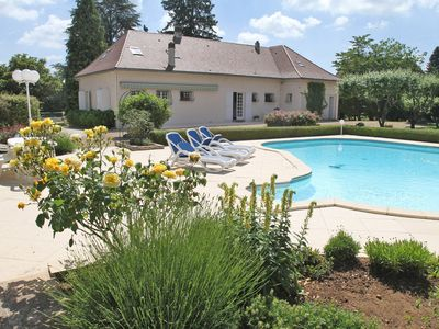 Photo for House with pool 5 minutes from Périgueux