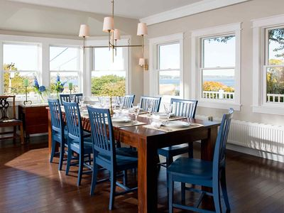 Dining Room Seating for ten, extra dining also available
