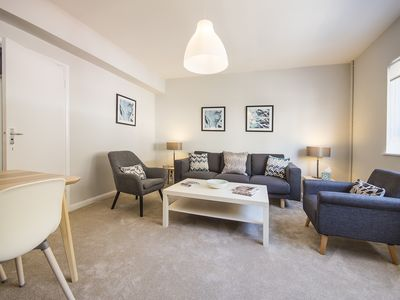 Photo for Chic Two Bed, One Bath Apartment in the heart of South Kensington