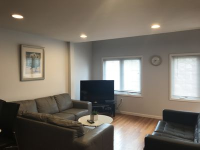 HEART OF BAYSIDE, 2bed 2bath with Loft