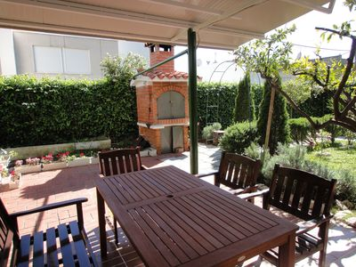 Photo for Apartment Split-65m2, quiet area, surrounded by greenery, large garden, BBQ, wi-fi-gratis,private parking, SPECIAL OFFER - April 2015 for only € 420/week