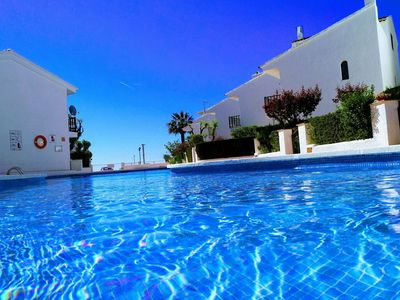Photo for Semi-detached house for 6 with communal pool a few metres from the beach