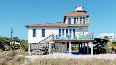 "Photo for FREE BEACH GEAR! Beachfront, Gulf Beaches, Pets OK, Wi-Fi, 4BR/3BA ""Lighthouse By The Sea"""