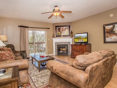 Photo for 3BR Condo•Sleeps 8•on the River•Spacious•Walk to Pkwy