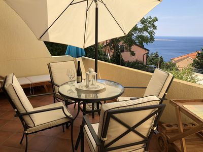 Photo for Beautiful Zala apartment with stunning views over Adriatic sea
