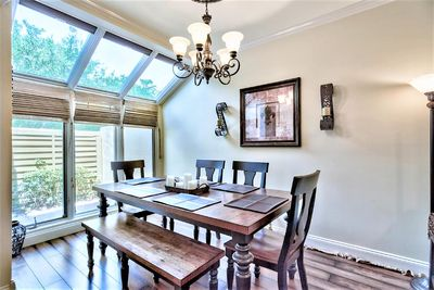 SPACIOUS DINING ROOM FOR THE FAMILY GATHERING