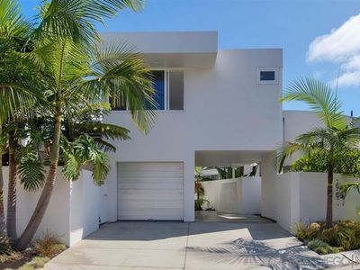 Photo for Modern Oasis in Heart of Del Mar