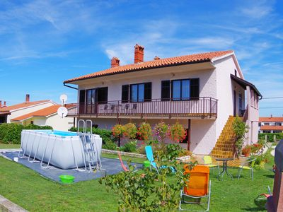 Photo for Countryside holiday apartment with 3 bedrooms