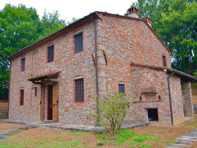 Photo for 4-bedroom house Pescia for 8 people - holiday home