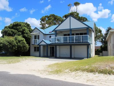 Photo for 5BR House Vacation Rental in HAWKS NEST, NSW