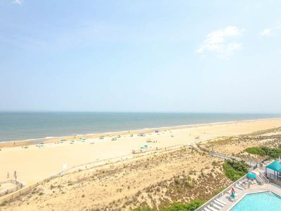 Photo for H707: 2BR+den Sea Colony oceanfront condo! Beach, pools, tennis ...