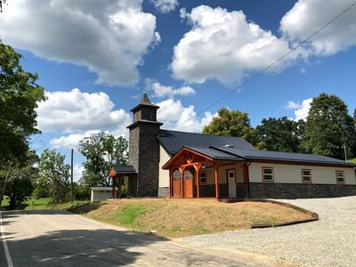 Photo for CHAPEL VALLEY LODGE- 14- PERSON, Pet Friendly, w/ Hot Tub, Large Gathering Area