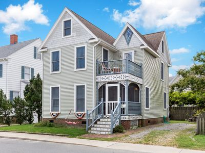 Victorian Cottage is an amazing Chincoteague Island Vacation Home that will take