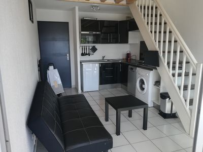 Photo for Apt 2CH, 4 people, 100meters from the beach and shops. Pool secured residence