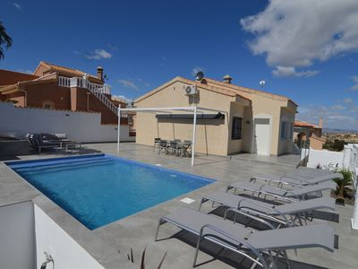 Photo for Detached holiday home with large terrace, private swimming pool and unobstructed view
