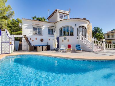 Photo for Breezy ocean-view villa with private pool, peaceful and calm location