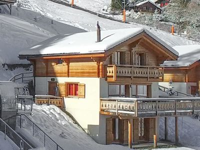 Photo for Chalet Sapin Argente - with 5 bedrooms, ski-in and ski-out, right in the resort centre