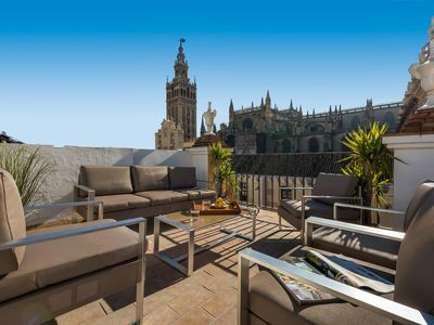 Photo for Apartment in front of the Cathedral. 2 Bedrooms. Catedral I