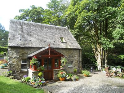 Barn Cottage, beautifully located by the Falls of Dochart - Killin