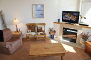 FP121D Fantastic Townhome w/ Wifi, Pet Friendly, King Bed, Private Hot Tub