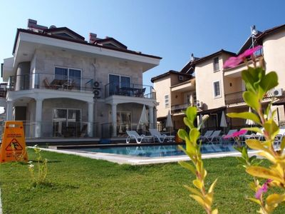Photo for Lighthouse Nadia Aparts 2+1. Superior complex consists of 4 blocks and 2 pool 2 + 1 130m2. Fully equipped kitchen and overlooks the pool. Walk from the sea.