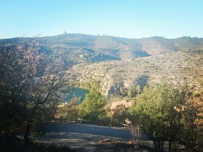 Photo for Large Provencal family villa in a quiet location with access to the lake