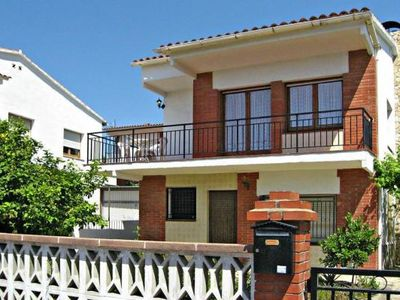 Photo for Holiday flats, Pineda de Mar  in Um Barcelona - 4 persons, 2 bedrooms