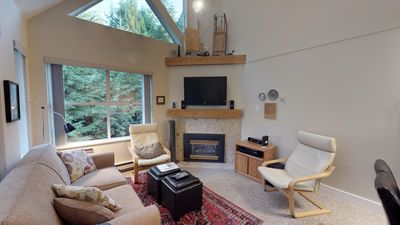 Photo for Modern 2BDR + Loft | Close to Ski Lifts and Shops