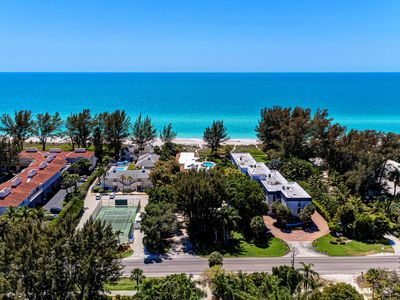 Photo for 2BR Condo Vacation Rental in Longboat Key, Florida