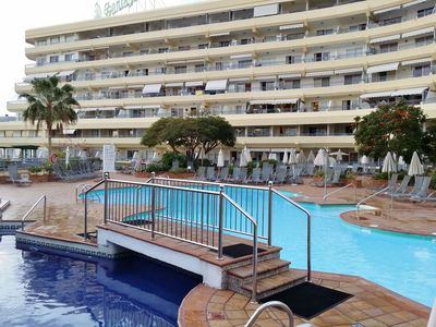Photo for 1 Bed Hotel Apt. in Costa Adeje, Tenerife. Few minutes walk to Beach & Shops.