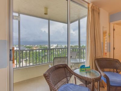 Photo for Bay View Efficiency on Fort Myers Beach/Estero Island- Unit 605