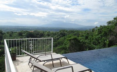 Gorgeous Home with Spectacular Views of Volcanoes and the Entire Central Valley!
