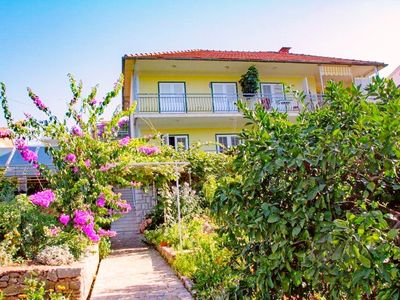 Photo for Apartments Lucija, (7982), Stari Grad, Croatia