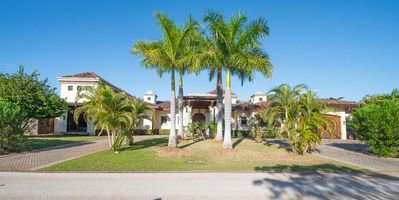 Photo for Beautiful 4 bedroom Colonial home at Hacienda Pinilla