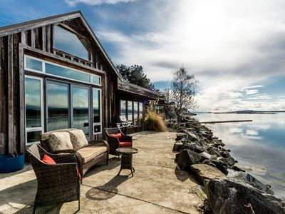 Photo for Rustic Waterfront Cottage
