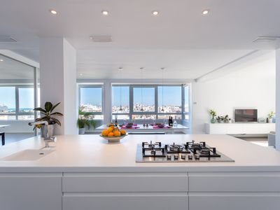 Photo for Spectacular views from 5 star luxury apartment