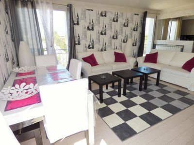 Photo for Sea view,2 bedrooms, internet...