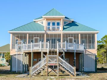 """Making memories at """"Paradise"""" On the Gulf 