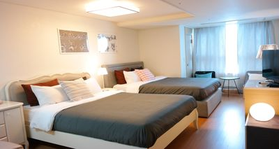 Myeong-dong Studio #4 [NEW LISTING]