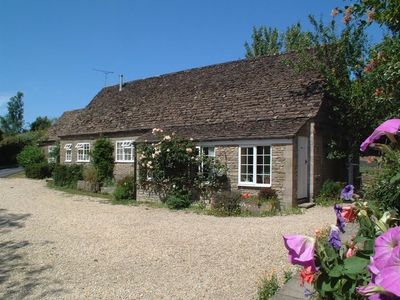 Photo for Stable Cottage, Little Somerford, MALMESBURY