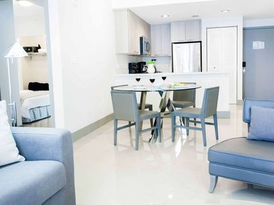 ASK US FOR DISCOUNTS - Stylish 1/1 Brickell / Downtown Miami Condo 10 Minutes from South Beach
