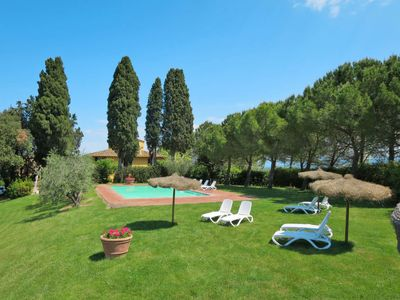 Photo for Vacation home Podere Campiglia (TVN196) in Tavarnelle Val di Pesa - 10 persons, 4 bedrooms
