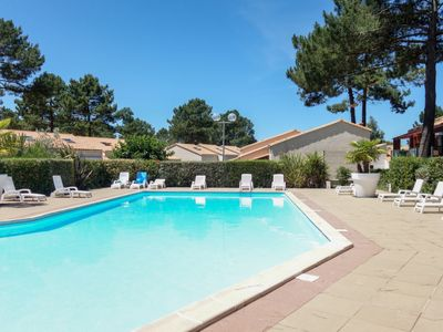 Photo for 2 bedroom Villa, sleeps 6 with Pool, WiFi and Walk to Shops